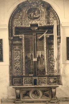 Altar destruido