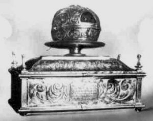 Urna con las Reliquias de Santa Beatriz